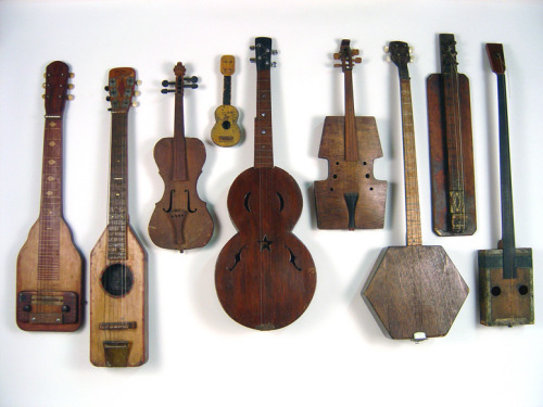 wood-yeah:  Antique Folk Art Instruments