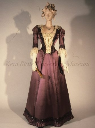 Evening dress, ca 1891 US, Kent State