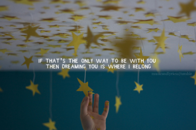 musicandlyricss:  Dreaming- Beyonce credit: every-move-is-magic; http://photographyxox.com/