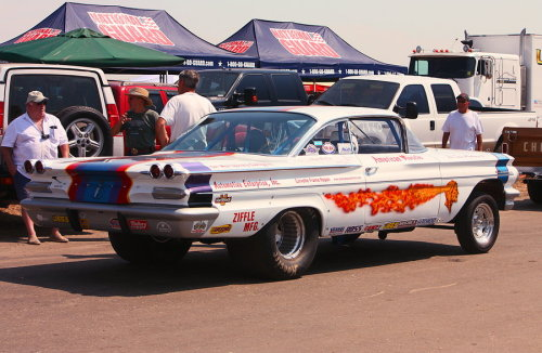 musclecarblog:  (via Pontiac Gasser-2 by *StallionDesigns on deviantART)