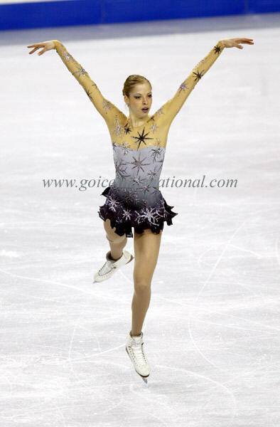 beautiful-shapes:  Carolina Kostner, 2006 FS Winter