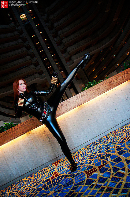 omg-dj-judy:  Dragon*con 2011: Black Widow on Flickr. Tally kicking butt!  :D