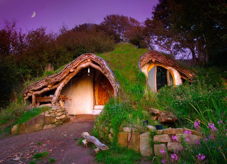 This amazing off-grid hobbit house cost less than $5,000 to build  Self-taught builder Simon Dale constructed this straight-out-of-a-fantasy-novel house in four months for less than $5,000. The house is designed for  low-impact building and low-impact living: it was made from reclaimed  lumber and salvaged materials, and the Dales live off the grid, with a  compost toilet, a green roof, spring-sourced water, and natural heating  and cooling. Plus, have we mentioned that it's unrealistically  beautiful? It looks like they should have a one-unicorn garage. If you're interested in a similar project, Dale has posted plans,  process photos, and thoughts about the how and why of his hobbit hole on  his website.