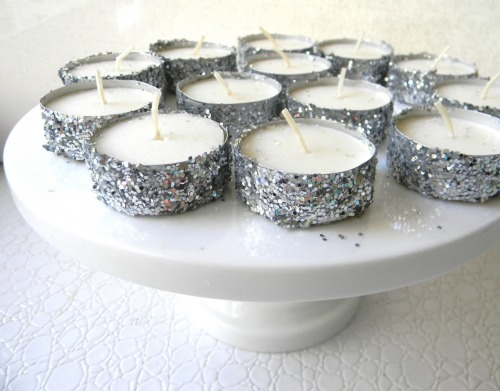 DIY Glitter Tea Lights. Another really really inexpensive gift and so so simple to make. Tutorial at Frugalicious Me here. You can get 100 tea lights for $16 at Amazon here or even cheaper other places.