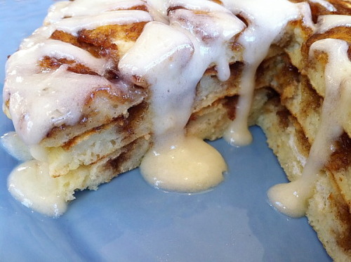 Cinnamon Roll Pancakes.  Looks SO delish! Click for recipe.