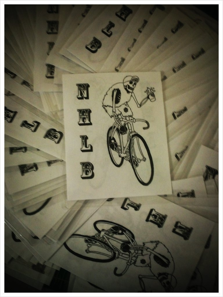 nohipsterleftbehind:  Cash money!!! Actually just spokecards for the race (Taken with picplz.)  can't waaaaait!!
