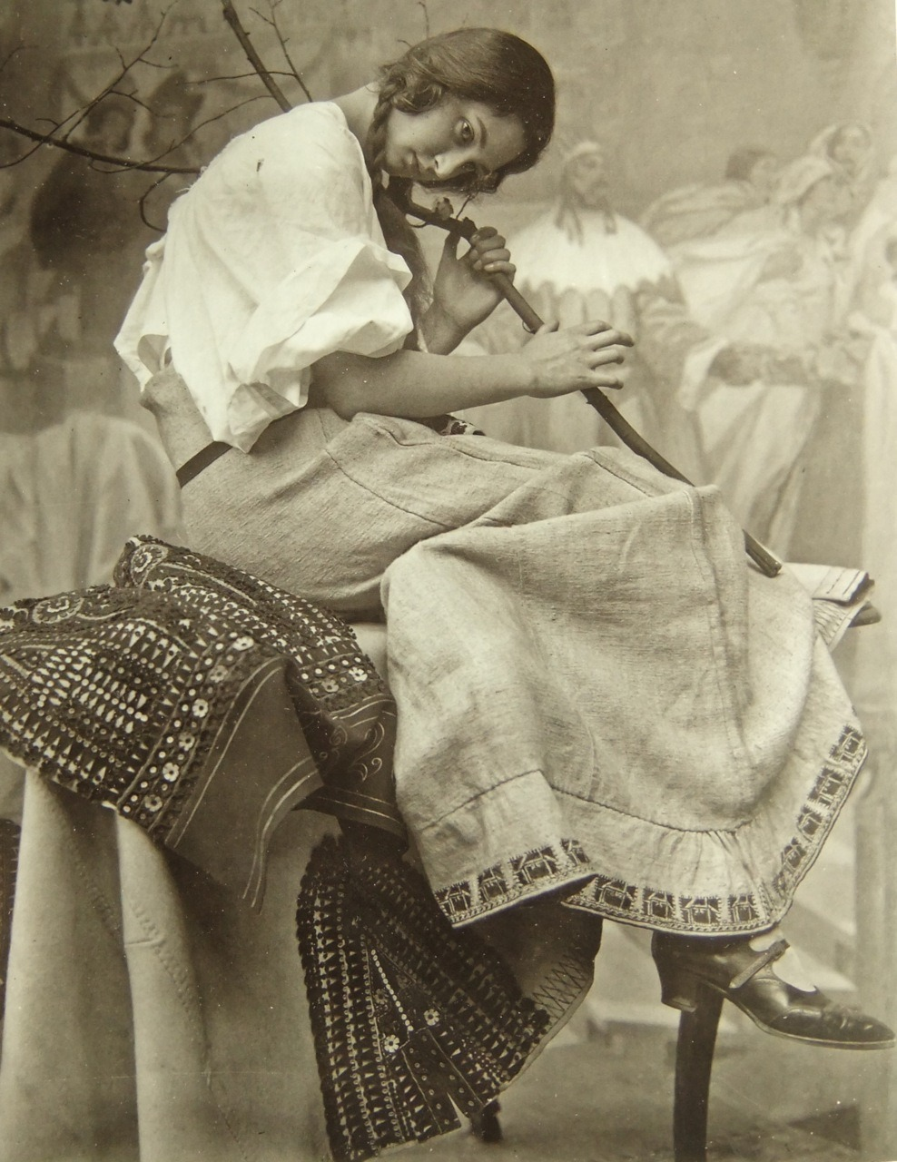 firsttimeuser:  Studio photography by Alphonse Mucha   Art Nouveau