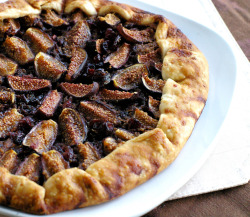 findvegan:  Fig and Cranberry Tart
