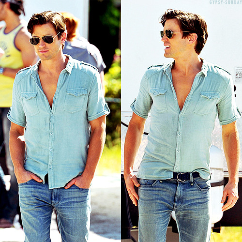 Matt Bomer on the set of Magic Mike (October 11, 2011) (via gypsy-sunday)