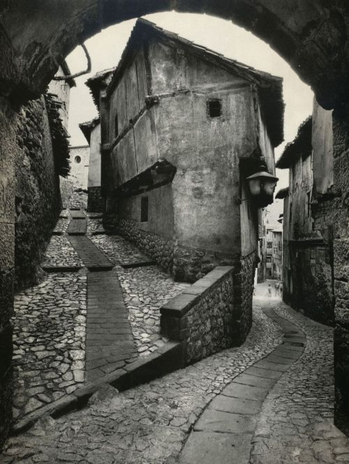 Tumbledown.  liquidnight:  Jean Dieuzaide Albarracín Spain, 1955 From Jean Dieuzaide: Yan