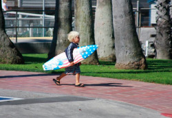 shut-up-and-surf:  future kid