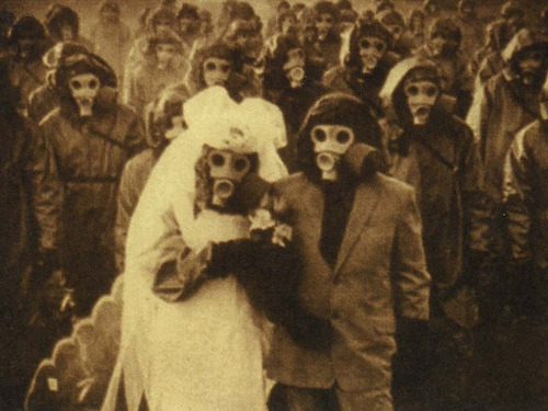 cruisenowell:  This wedding photo was taken on the Izu islands during the 1940′s when the volcano's deadly gases shrouded in the air.