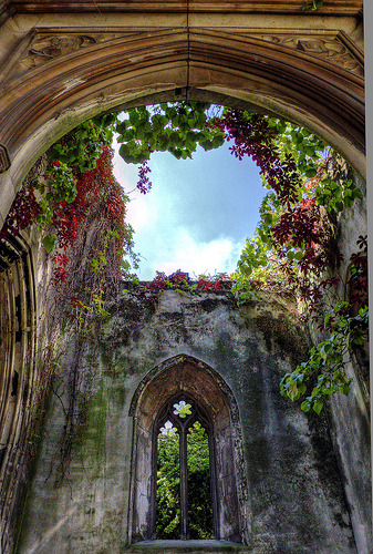 The ruins of St Dunstan-in-the-East in London, England (by yorkshire stacked)