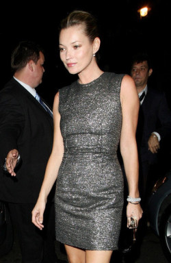 (via Kate Moss in Lanvin and Christian Louboutin)
