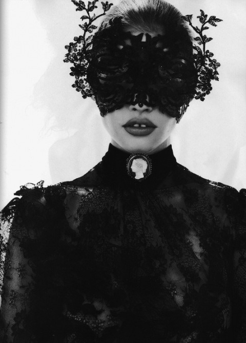 "From the ""Masqué Ball"" spread shot by Mert Alas & Marcus Piggott,  Vogue Paris, October 2010"