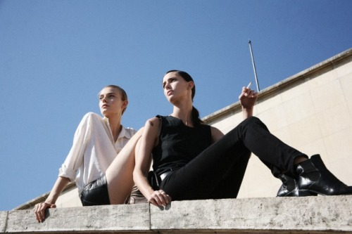 darklamb:  Nimue and Ruby outside Dries. (via showstudio)