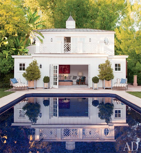 justbesplendid:  The neo-Regency poolhouse
