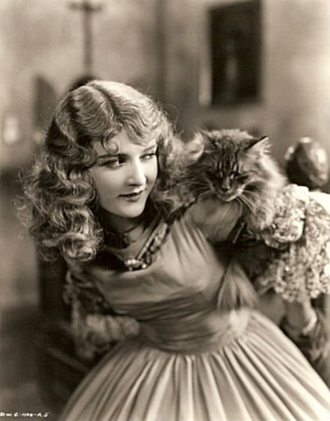 Mary Philbin and a little friend - c. 1920s