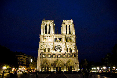 Notre Dame at Night (by zach.stone) Ah, Paris. Very glad I will spend the night of 31 Oct on the Isle St. Louis.