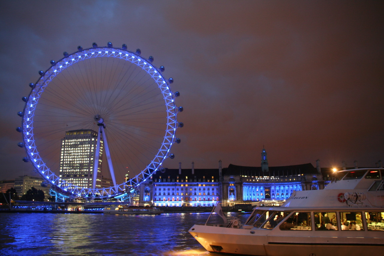 travelthisworld:  London Eye and the River Thames, London, United Kingdom (by Celine Enriquez) submitted by: aimlessconversations, thanks!