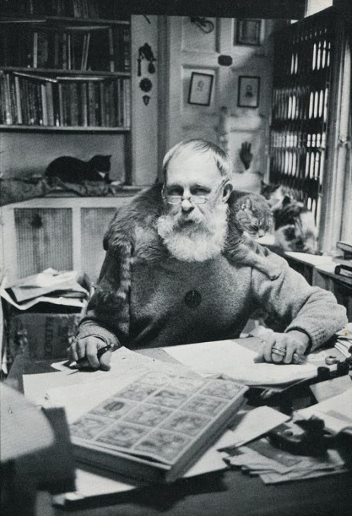 livingeulogy:  Edward Gorey, from The Photographed Cat (Doubleday, 1980).
