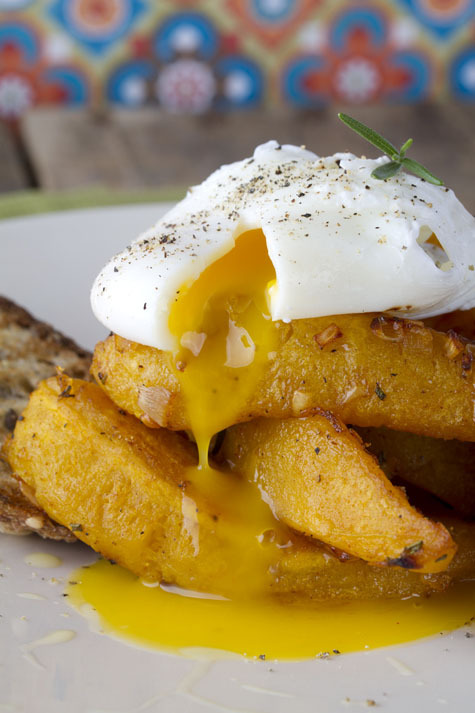 gastrogirl:  smoked paprika squash with a poached egg.