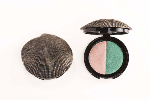 greathairdodgymorals:  By acquiring this DuWop Caribbean Isla Sirena compact ($29), I'll be one step closer to becoming an actual mermaid (via Refinery29).
