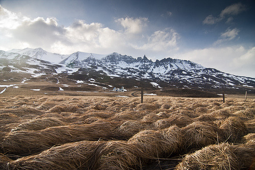 airplaneguns:  Waiting for the winter to end (by Julien Ratel ( In Iceland ))