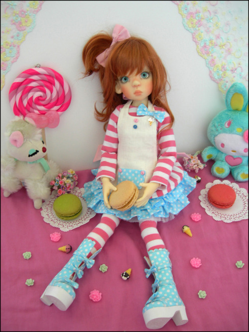 In Candyland Set for larger MSD sized gals, up on JpopDolls.net, limited to 30 pcs! :D