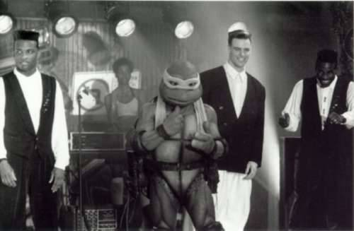 everyonelikedbubbahotep:  fuckyeahbehindthescenes:  Teenage Mutant Ninja Turtles was the highest-grossing independent film of all time, having made over $133 million in domestic box office.  I think My Big Fat Greek Wedding topped this?  Actually, the highest grossing indie flick of all time is Empire Strikes Back.