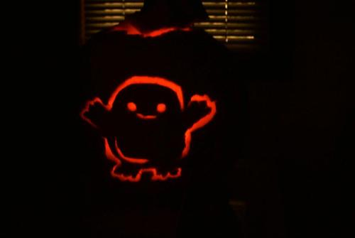 madhattermurish:  Made this at my friend's house today.  First Pumpkin I've made I believe. Aside from a horrible attempt years ago.  Adipose. From Doctor Who.  Season 4 was amazing.