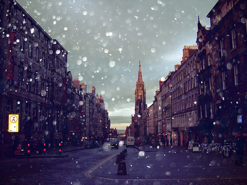 allthingseurope:  Edinburgh, Scotland (by ღMayuღ)