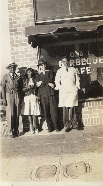 G.& I. Barbecue Cafe July 13, 1940 [Donated by the Earl McCann Collection] ©WaheedPhotoArchive, 2011