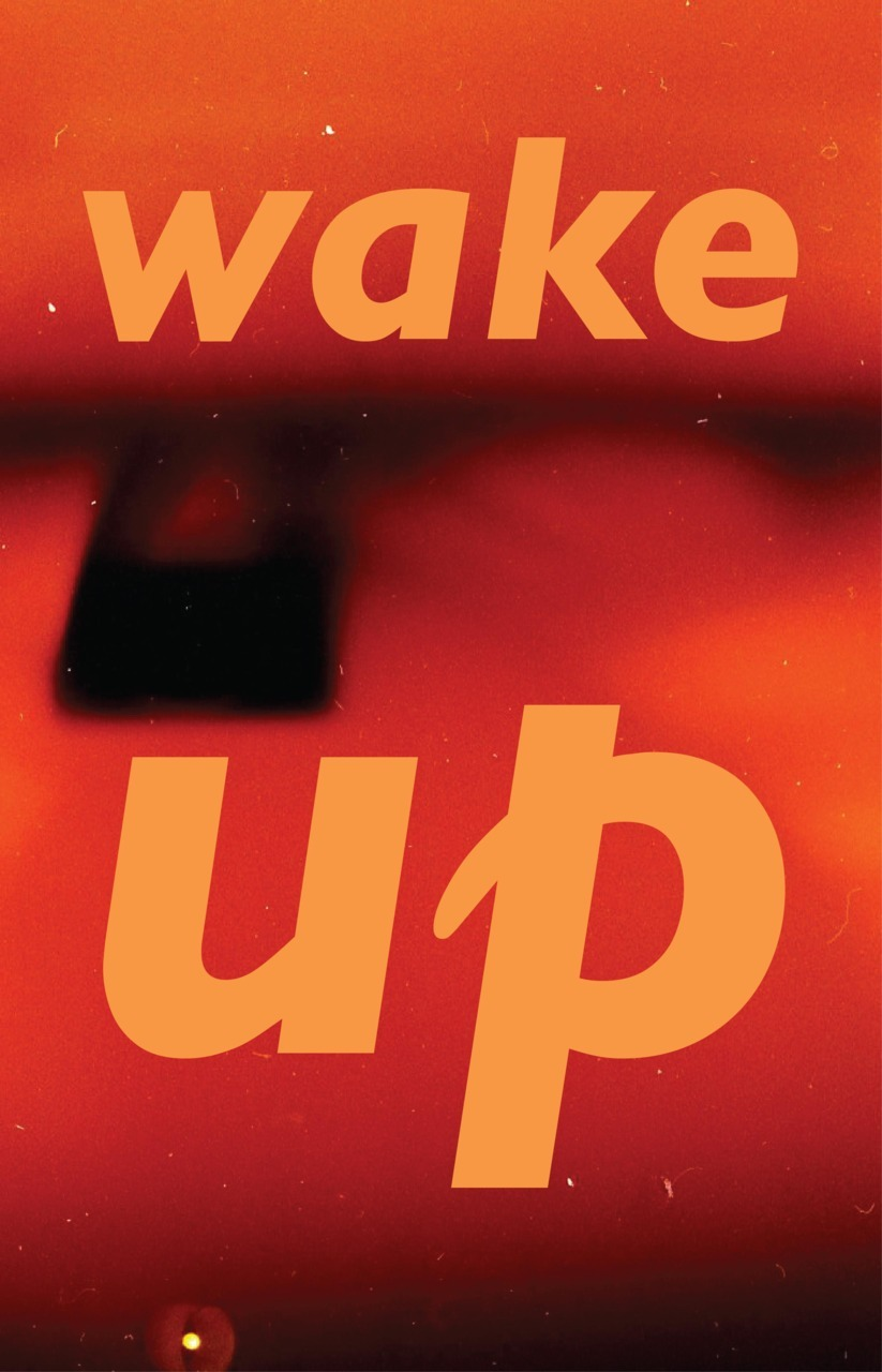 lauracarless:  wake up