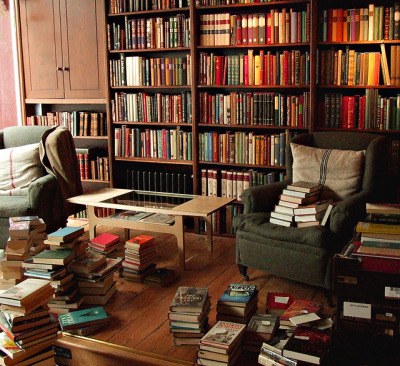 book-stores:  The Prodigal Spy, Etc. by Églantine on Flickr.