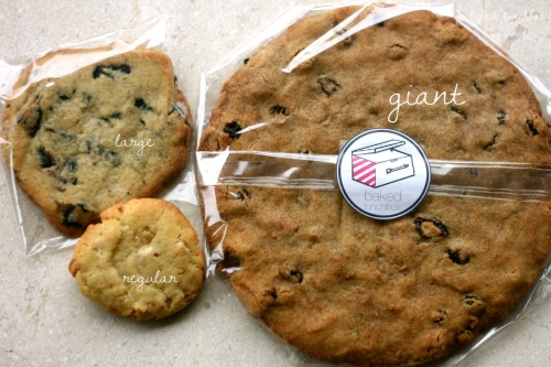Here are the different sizes of cookies available, but you can always ask for customized ones! Like a heart-shaped cookie or something like that ;)