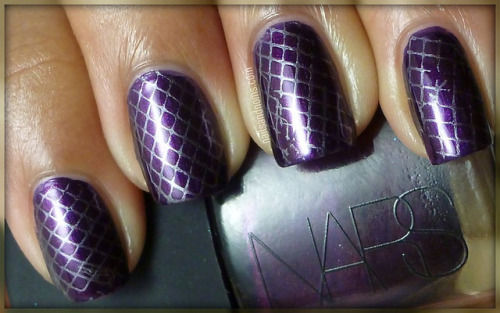 31 Day Challenge: Day 6 (Violet Nails Semi-Fail)
