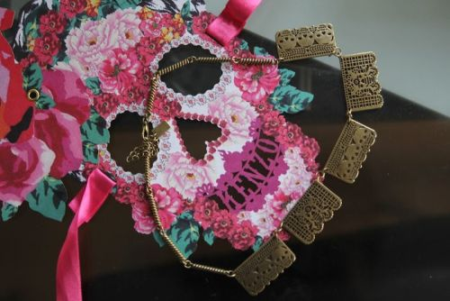 livecultures:  dia de los muertos necklace inspired by papel picado.