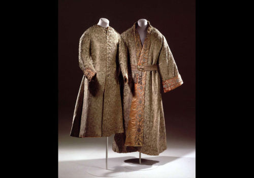 House coat and robe worn by King Frédéric IV of Denmark, ca 1700 Denmark, Rosenborg Castle