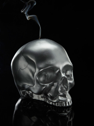 Skulls Candle by D.L. & Co.