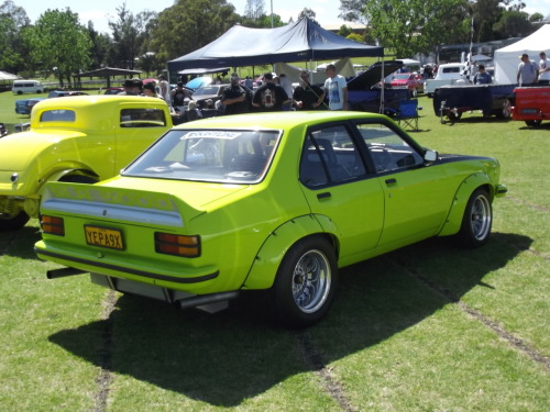 chromencurves:  I love the A9X Torana's :D They're bloody quick! And those flared wheel arches make it look so sweet! My uncle used to drive a GTR-XU1 as a highway patrol car back in the 70's. Would have been so mad.