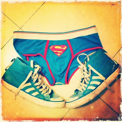#instagramers #instagramhub #iphone4 #iphonesia #iphoto #today #superman #picoftheday #123 #photogram #inkstagram #free #underwear #adidas #pop #igers #likers  (Taken with instagram)