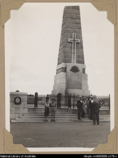 War memorial, Perth, Western Australia, ca. 1946 [picture] between 1945 and 1947 - Alfred Amos.