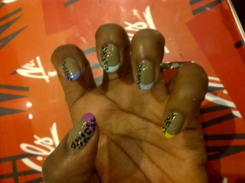 Dope nails of the day :) wahnails:  French tip x Leopard