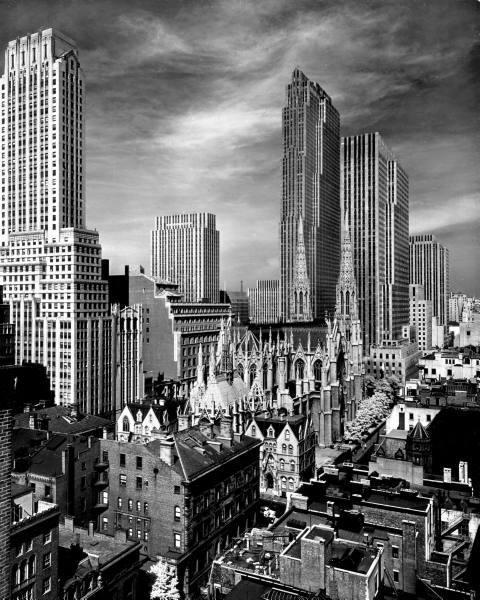 Midtown Manhattan, 1939by Alfred Eisenstaedt RCA Building, Chanin Building and more. legrandcirque:  View of Midtown Manhattan. Photograph by Alfred Eisenstaedt. New York City, 1939.