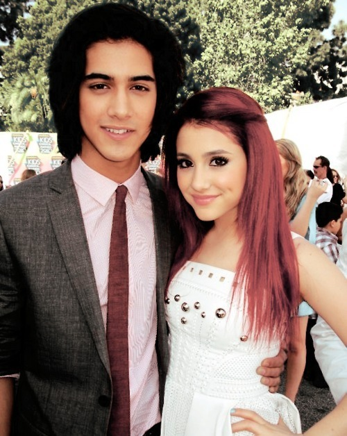 iheartitxx:  Avan and Ariana