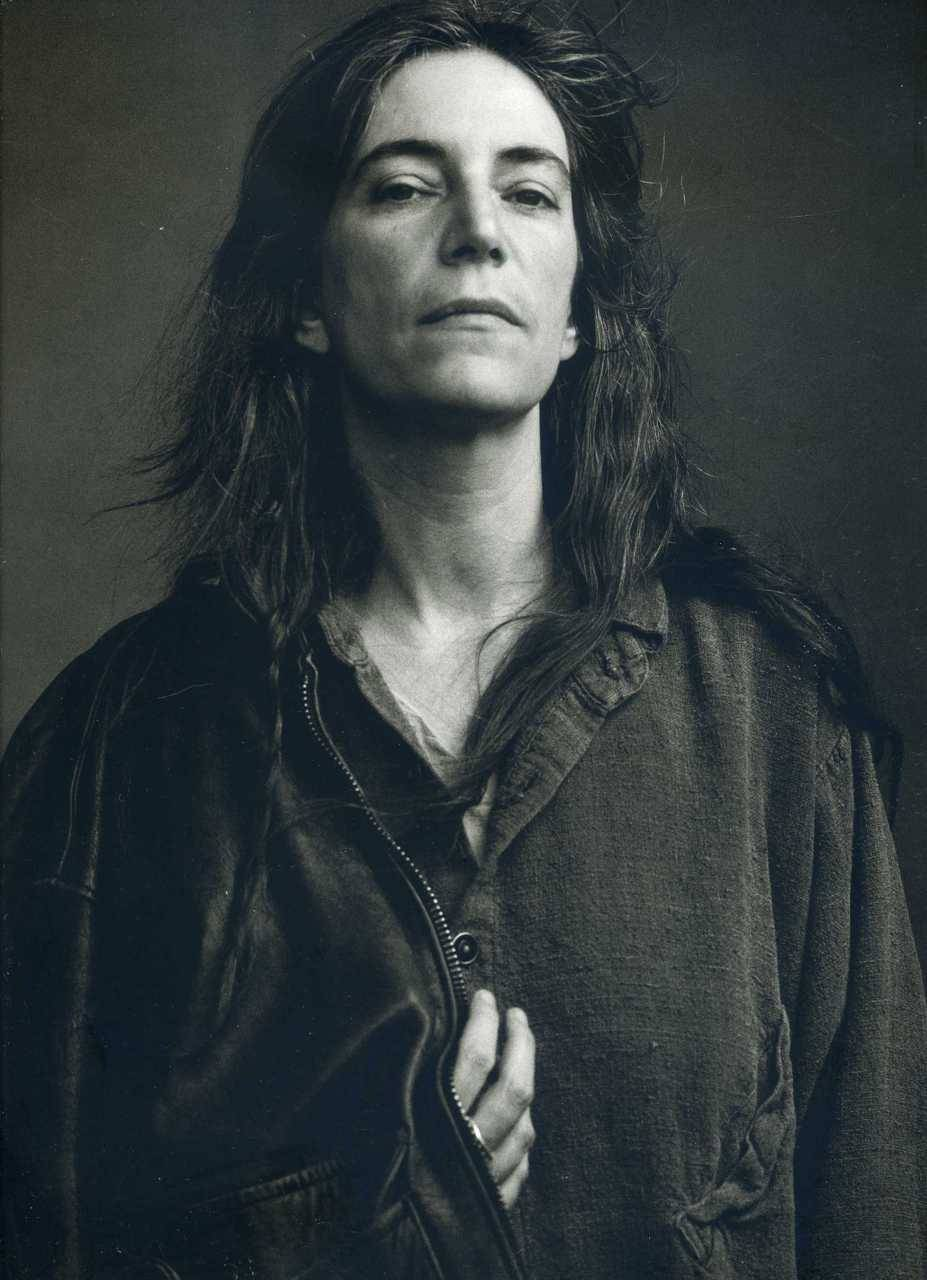 "Patti Smith Annie Leibovitz -"" Women "" link"