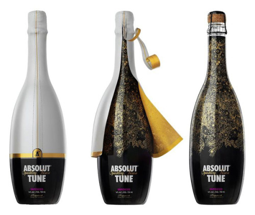 lifeattractslife:  Swedish vodka producer Absolut has paired up with Pernod Ricard stablemate Brancott Estate to produce a 'sparkling fusion' of vodka and Marlborough Sauvignon Blanc. A spokesman for the new blend, called Absolut Tune, said he would not be 'sharing the specifics' on how the sparkle was created other than that it was a 'fusion process'. A blend of 60% vodka and 40% Marlborough Sauvignon Blanc, the final alcohol level is 14%.