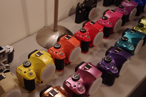 tawk0b3ll:  akaeating:  i want a colored camera omg  dibs on the hot pink one    dibs on the turquoise!