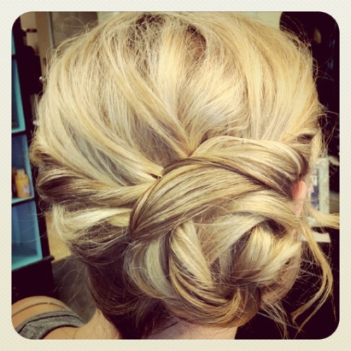 A fun little updo I did for Brooke a few months ago! I've seen it on Pinterest and wanted to include it here!